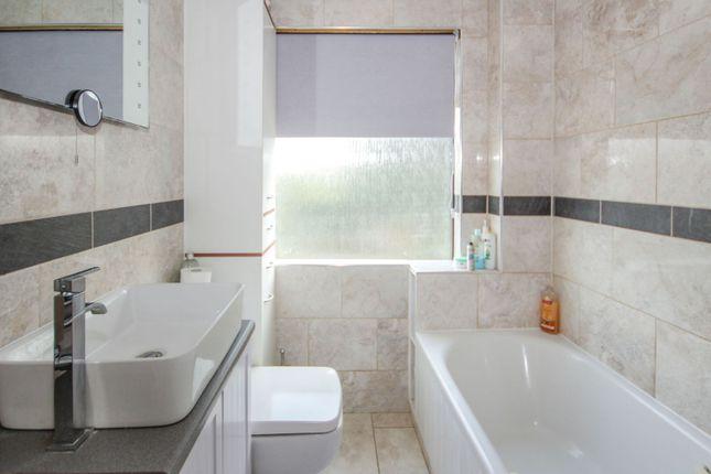 Bathroom of The Grove, Southend On Sea SS2