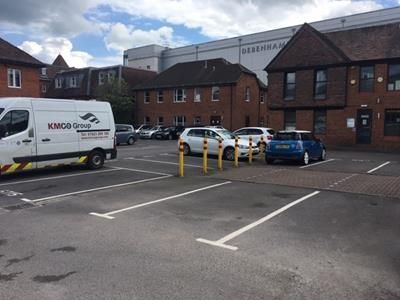 Photo of Car Parking At The Pentangle, Park Street, Newbury, Berkshire RG14