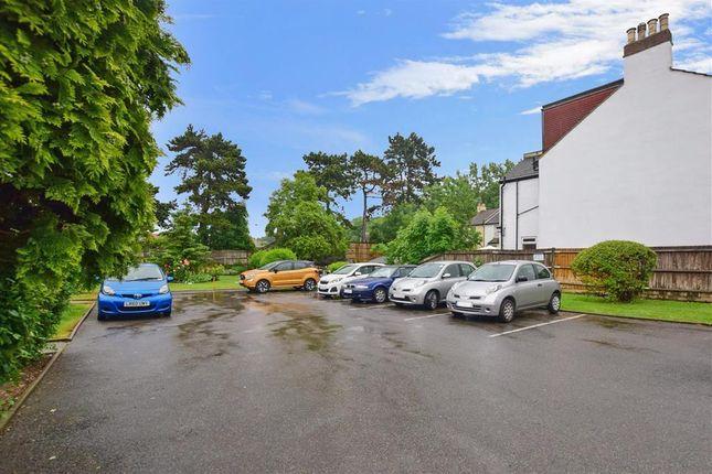 Driveway/Parking of Brighton Road, Purley, Surrey CR8
