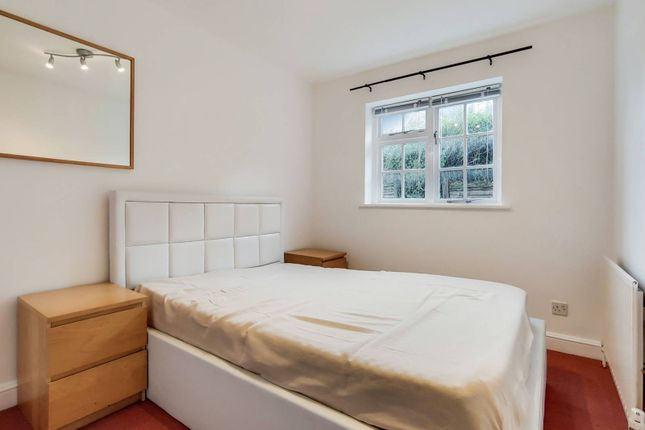 Thumbnail Bungalow for sale in Longfield Street, Wandsworth, London