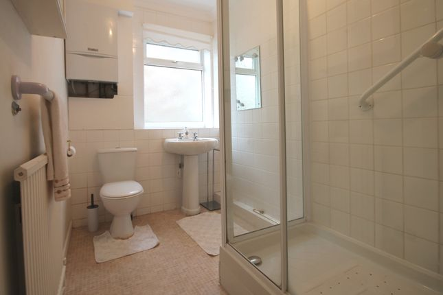 Bathroom of Russell Close, Wells-Next-The-Sea NR23