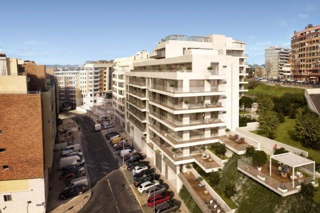 Thumbnail Apartment for sale in Benfica, Benfica, Lisboa
