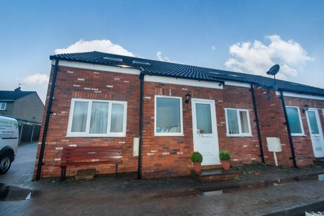 Thumbnail Semi-detached house to rent in Somerset Drive, Brimington, Chesterfield