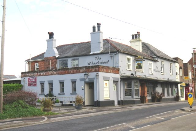 Pub/bar for sale in Christchurch Road, New Milton