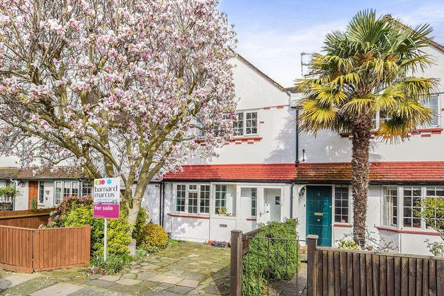 Thumbnail Terraced house for sale in Warren Avenue, Richmond