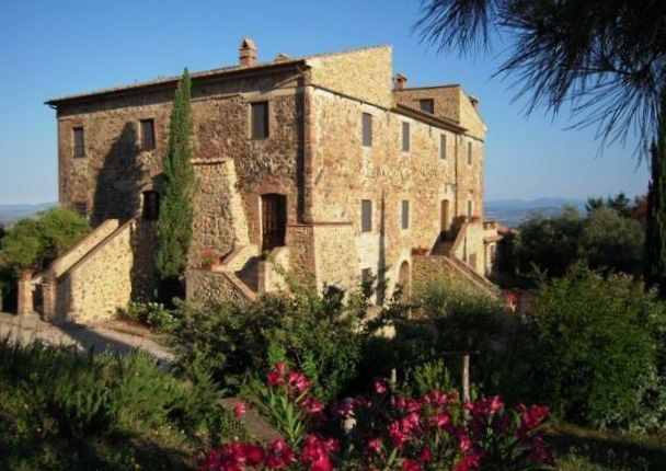 Thumbnail Villa for sale in Roccalbegna, Tuscany, Italy