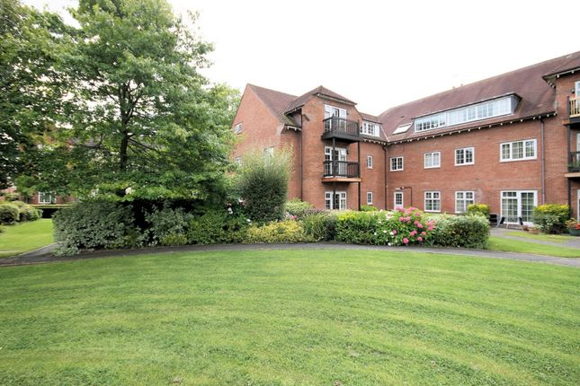 2 bed property for sale in The Maples, Warford Park, Mobberley