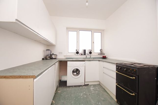 Kitchen of Cambusnethan Street, Wishaw ML2