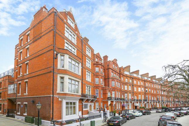 Thumbnail Property for sale in Kensington Court, London