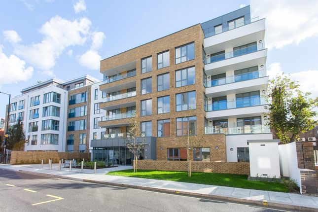 Thumbnail Flat for sale in Glenbrook Apartments, Hammersmith