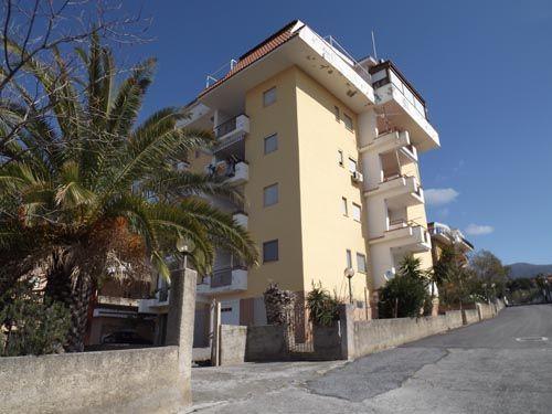 2 bed apartment for sale in Via Lettieri, Scalea, Calabria, Italy