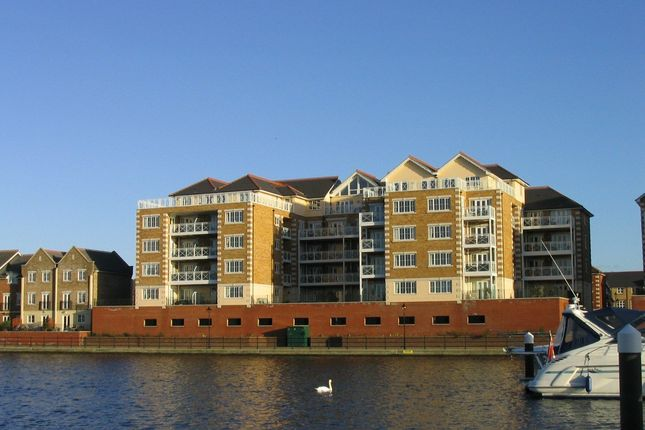 Thumbnail Flat to rent in Pacific Heights North, Golden Gateway, Eastbourne