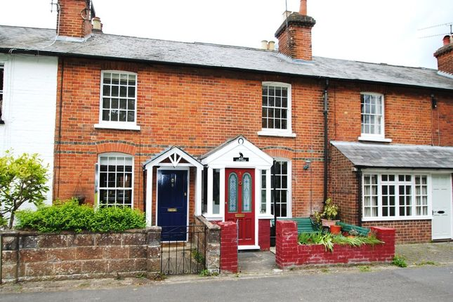 Thumbnail Cottage for sale in Oakland Terrace, Hartley Wintney, Hook