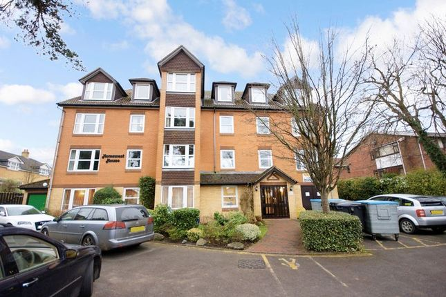 Thumbnail Flat for sale in Homewest House, Bournemouth