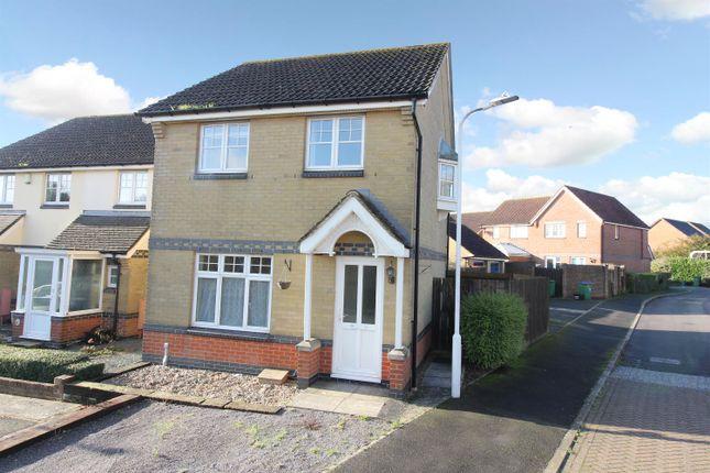 Thumbnail Semi-detached house to rent in Kipping Close, Hawkinge, Folkestone Kent