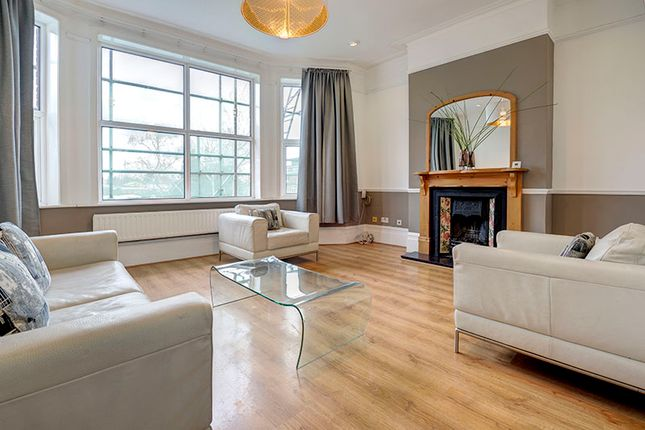 Thumbnail Maisonette to rent in Station Road, Winchmore Hill