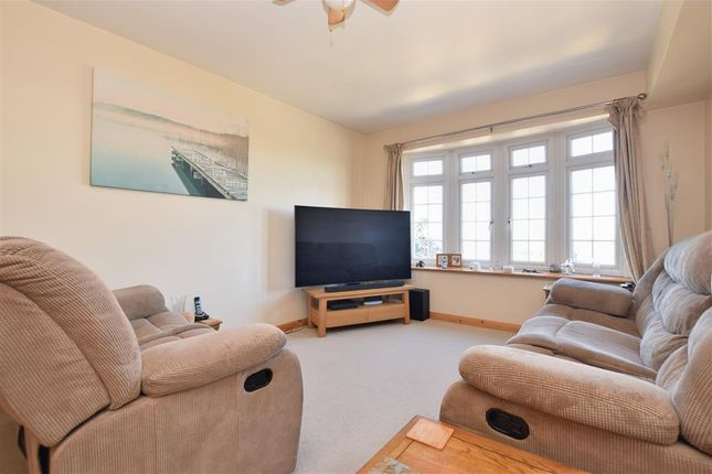 Thumbnail Flat for sale in Burwash Road, Broad Oak, Heathfield, East Sussex