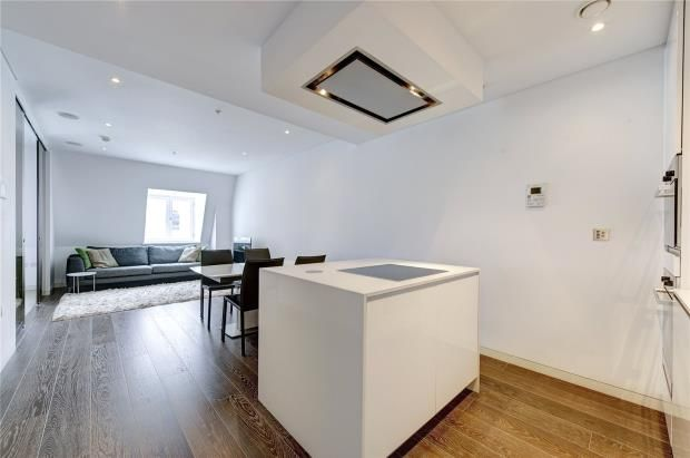 Thumbnail Property for sale in Strand, Covent Garden