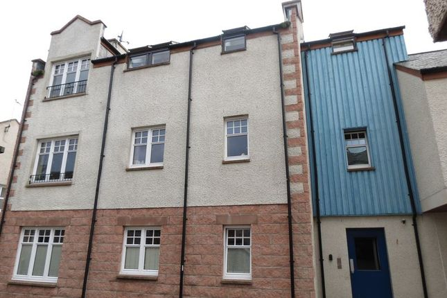 Thumbnail Flat for sale in Argyle Court, Dingwall