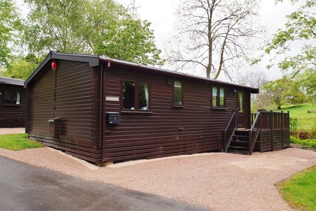 Thumbnail Mobile/park home for sale in Burnside Park, Keswick, Cumbria
