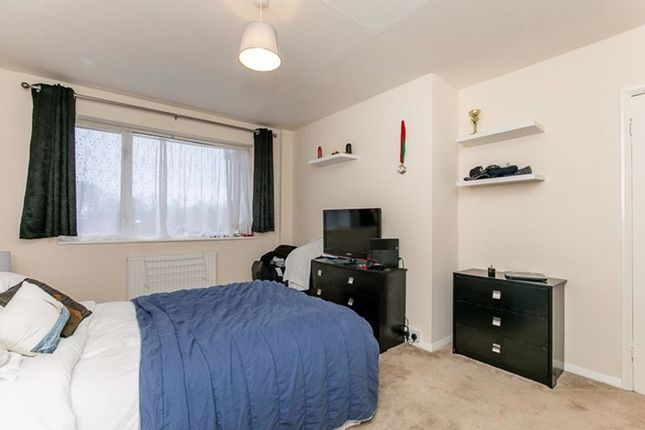 Photo 5 of The Drive, Horley RH6