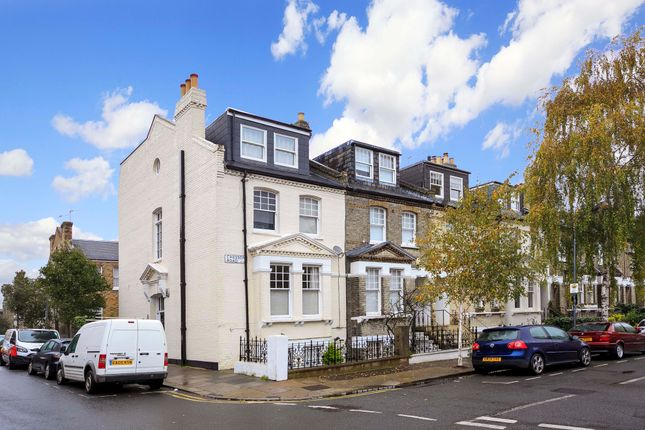 Thumbnail Flat for sale in Chesson Road, London