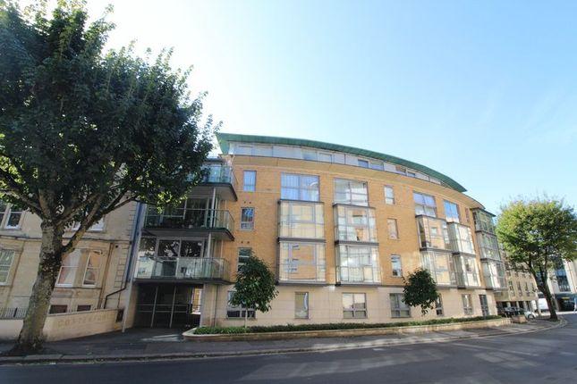 Thumbnail Flat to rent in Merchants Road, Bristol