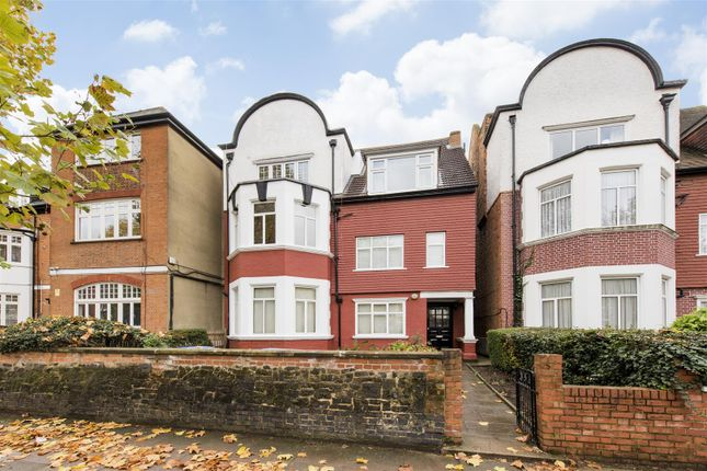 Thumbnail Flat for sale in Dartmouth Road, Mapesbury, London