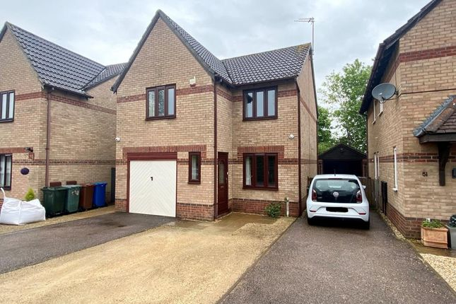 3 bed detached house for sale in Southwold, Bicester, Oxfordshire OX26