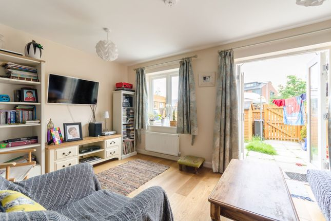 Thumbnail Terraced house to rent in Regent Street, York