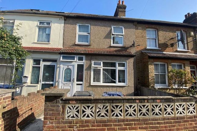 Clarence Street, Southall, Middlesex UB2