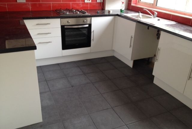Thumbnail Terraced house to rent in Hollycroft Close, Sipson