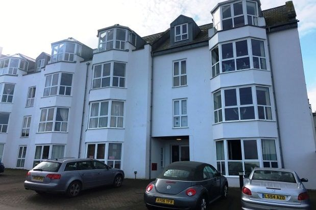 Thumbnail Flat to rent in The Crescent, Newquay