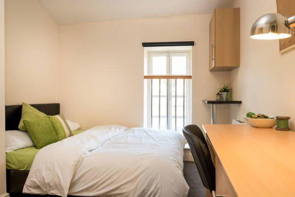 Thumbnail Room to rent in Pearson Lane, Bradford
