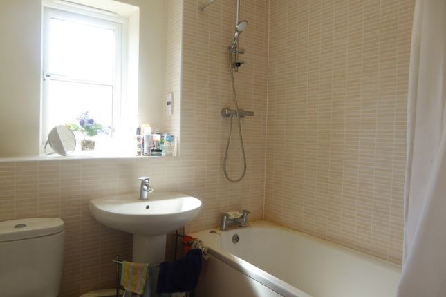 Main Bathroom of Holymead, Calcot, Reading RG31