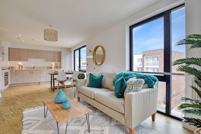 1 bedroom flat for sale in Williams Way, London