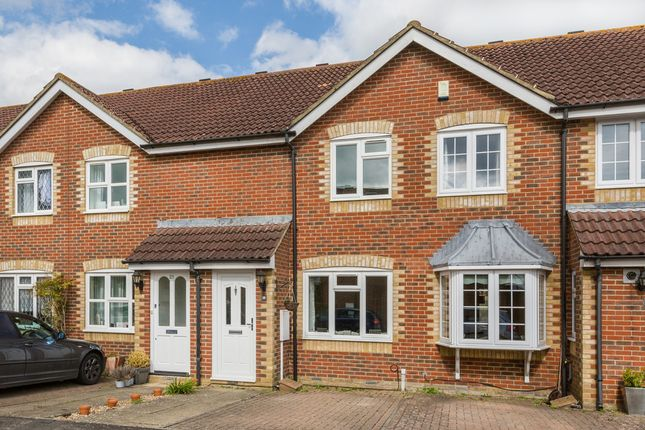 2 bed terraced house for sale in Tanners Mead, Edenbridge