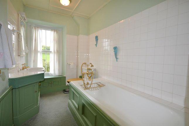 Bathroom of Whitemill, Carmarthen SA32