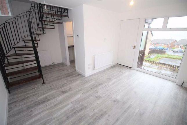Dougliehill Place Port Glasgow Pa14 1 Bedroom Flat For Sale