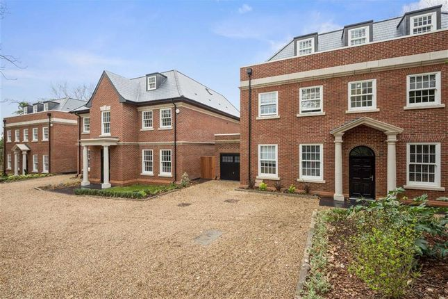 Thumbnail Detached house to rent in Milespit Hill, Mill Hill, London