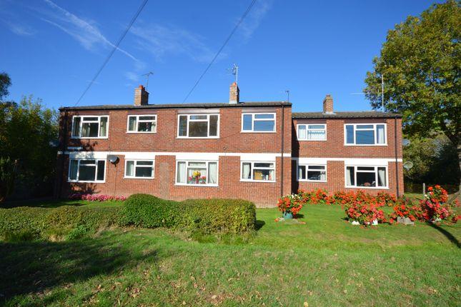 Thumbnail Maisonette to rent in Ayless Close, Westcott, Aylesbury, Buckinghamshire