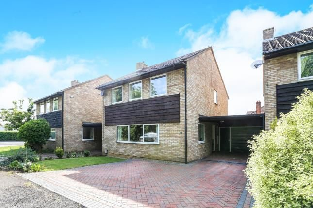 Thumbnail Detached house for sale in Walnut Close, Hitchin, Hertfordshire, England