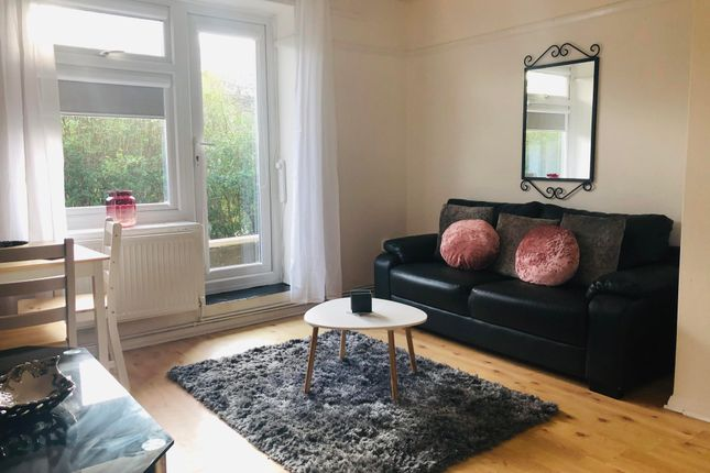 1 bed flat to rent in Dartfields, Harold Hill, Romford RM3