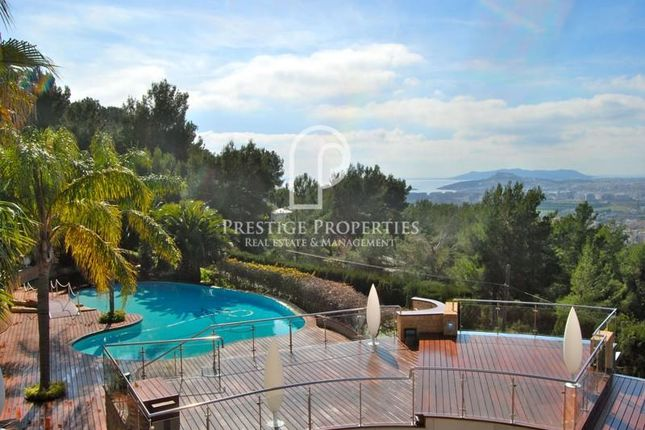 Thumbnail Chalet for sale in Ibiza, Balearic Islands, Spain - 07840