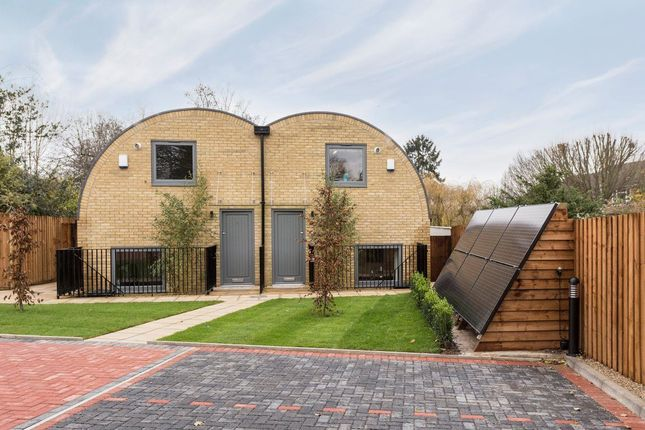 Thumbnail Property to rent in Alissa Drive, Barnet, London