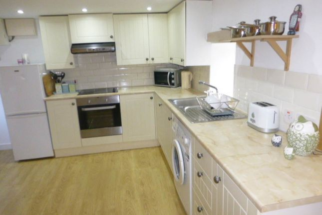 Thumbnail Cottage to rent in Station Road, Meidrim, Carmarthen