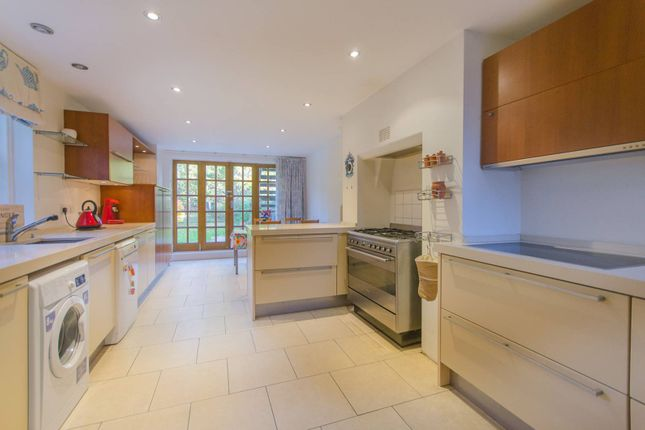5 bed semi-detached house for sale in Erlanger Road, Telegraph Hill