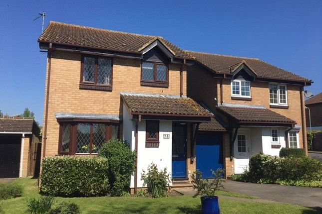 Thumbnail Detached house to rent in Glenham Road, Thame