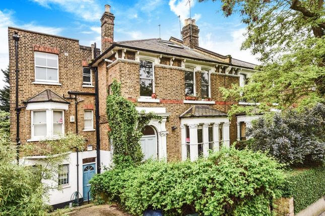 Thumbnail Maisonette for sale in Mercers Road, Archway, London