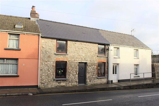 Thumbnail Terraced house for sale in Station Road, Pembroke